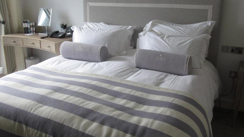 Salcombe Harbour Hotel bed